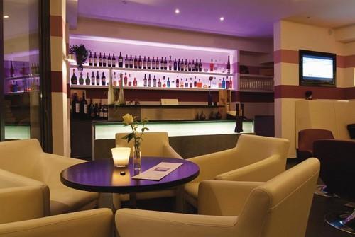 Die Bar des Romantik Hotels Neuhaus