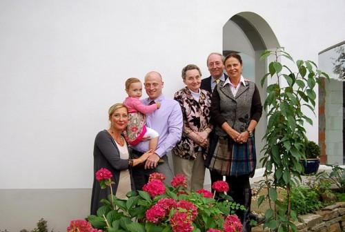 Frederec Neuhaus (3.v.l.) mit seiner Familie