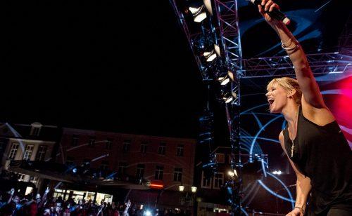 Jini Meyer freut sich sich schon auf das Publikum von Menden à la carte und ihre Luxuslärm-Fans.