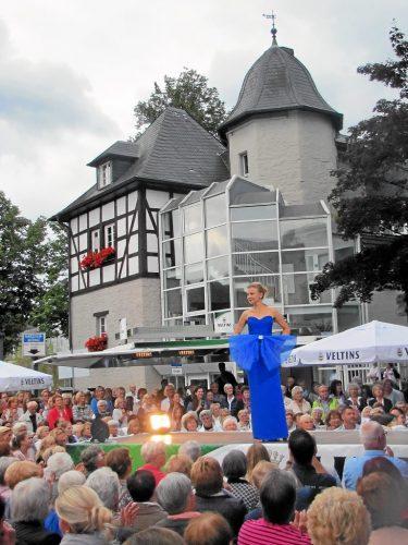 Die Modenschau von Brunhilde Rieber ist eines der großen Highlights des Festes der Sinne.