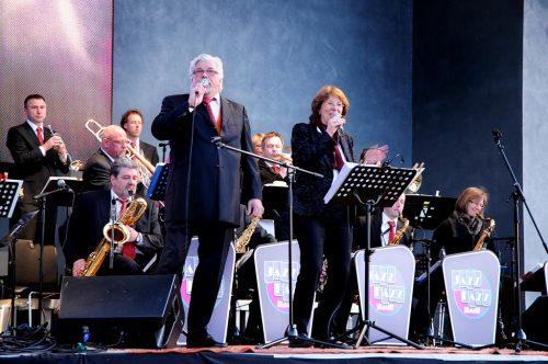 Die Bigband JazzFazz ist eine der Top-Formationen im heimischen Raum und kommt 2018 zum ersten Mal zu Menden à la carte.